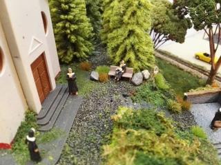 Die Nonnen erwarten das Hochzeitspaar