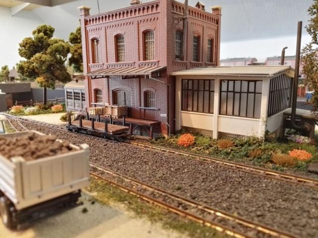 Paletten und Kistenfabrik